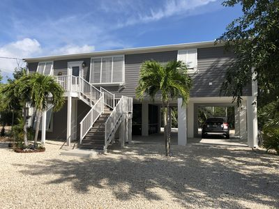 Doctors Arm waterfront home. 75 feet of dock with plenty of privacy!
