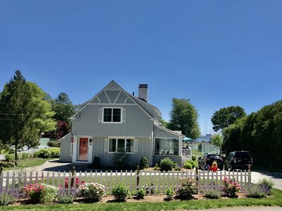 Newly renovated house - Central AC, kayaks/bicycles for guests, walk to beaches