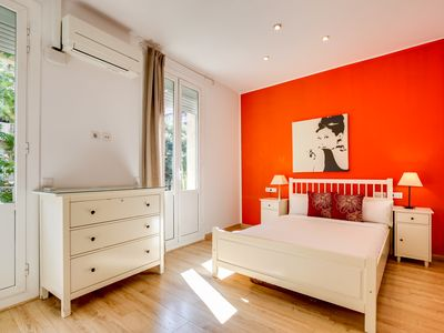 Photo for Joyful 2 Bed in the fantastic Sant Antoni area