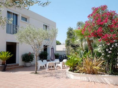 Photo for T7 Carnon Villa 12 pers - 250 m from the beach, rental of the Sun to Sun.