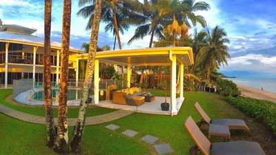 Photo for 5BR House Vacation Rental in Holloways Beach, QLD