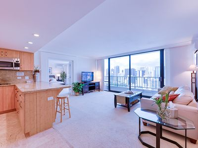 Photo for Wonderful 1 bedroom private unit in Royal Garden at Waikiki.#2407