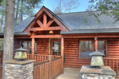 The Outside of the amazing Cedar Falls Resort cabin Hemlock Hideaway. This Cabin is prefect for you and your family to vacation here in Pigeon Forge Tennessee.