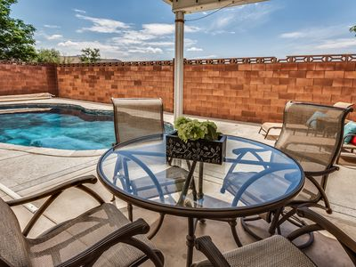 Photo for Private Pool 4BR 3BA Home Near Zion with 2 master suites
