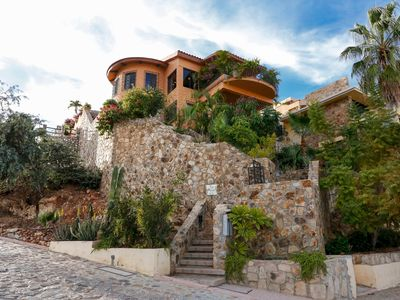 Photo for Luxurious Home With Spacious Rooms Located in El Pedregal's Gated Community