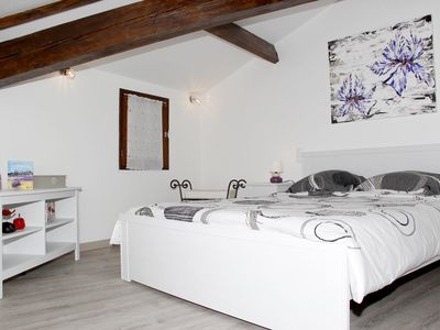 Photo for Cottage poppies for 2 to 4 people in Isle sur la Sorgue