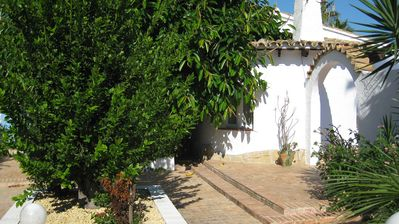 Photo for 3 Bedroom 2 Bathroom Air conditioned Villa in Quiet Secluded Cul de Sac