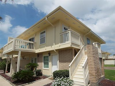 Photo for 1 bedroom 1 bath! 2 Community Pools! Boardwalk to the beach!