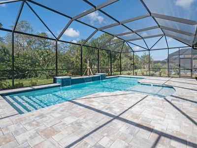 Photo for Pool home, close to everything!  Your dream vacation awaits you!