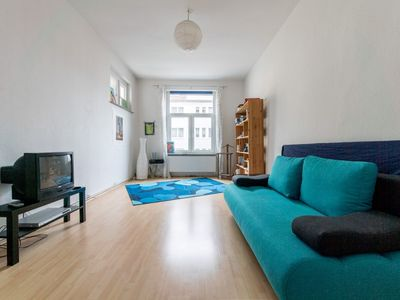 Photo for Apartment 1 km from the center of Hanover with Parking, Internet, Washing machine, Balcony (906930)
