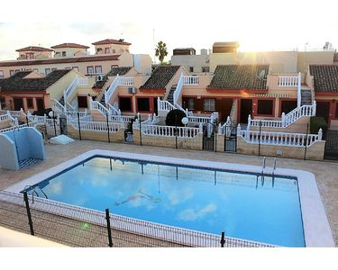 Photo for Torrevieja: Bungalow with pool view!