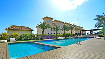 Search 2,017 holiday rentals