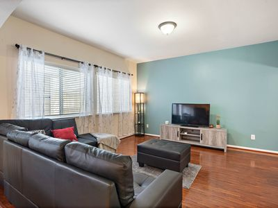 Photo for Cozy home near NRG stadium, Downtown and Midtown in H-TOWN