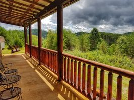 Photo for 2BR House Vacation Rental in Copperhill, Tennessee