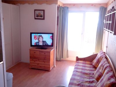 Photo for VAL THORENS-apartment 4 People. Ski-in / ski-out access + balcony