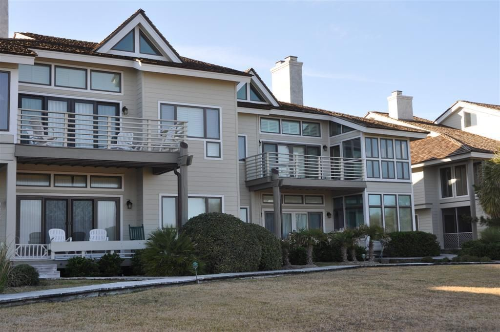 Oceanfront Villa with Elevator, gas fireplace, grills, outside ...