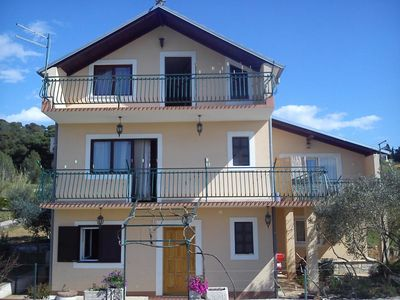 Photo for Apartment in Zlarin (Zlarin), capacity 4+1