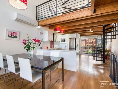 Photo for Spacious Central Townhouse