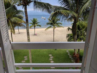 Photo for Spectacular house with balcony on the sand in Portogalo