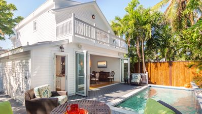 Photo for BEAUTIFULLY RENOVATED 3/5-2BLOCKS TO DUVAL,PRIVATE POOL,2 CARPARKING,PET FRIENDL
