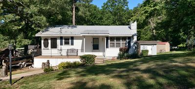 Overland Cove is a Lake Cottage 150 yds from Ky Lake, Central Air/WIFI/Internet