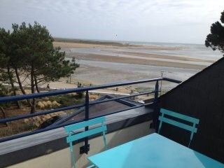 Photo for 2 room apartment - 4 people - Superb sea view, 50 m from the beach