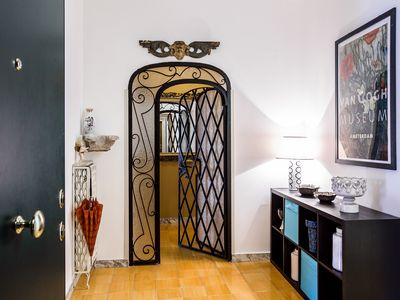 Photo for Elegant 130 sqm apartment with a beautiful sunny terrace in Rome