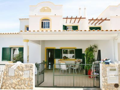 Photo for Albufeira Villa, Sleeps 10 with Pool, Air Con and WiFi