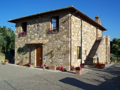 Photo for Private Villa with WIFI, A/C, private pool, TV, patio, panoramic view, close to Montepulciano