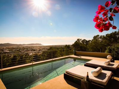 Photo for New! Mountain Villa - Infinity Pool Panorama Sea View - 10Pax 4 Bath en Suite