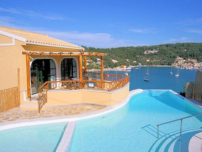 Photo for Thanasis: Large Private Pool, Walk to Beach, Sea Views, A/C