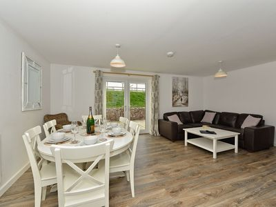 Photo for Seabiscuit - sleeps 7 guests  in 4 bedrooms