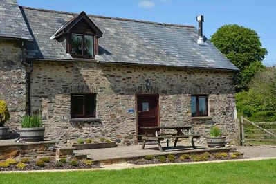 Norton Cottage, sleeping 4, is a traditional stone barn conversion