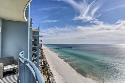 Enjoy stunning Gulf of Mexico views.