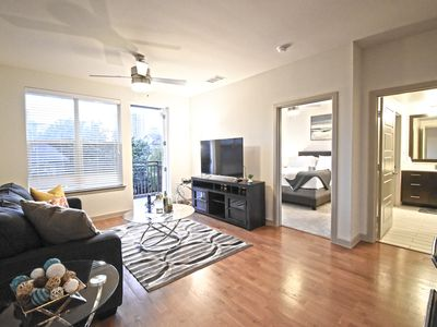 Photo for BrandNewCorporate 1Br Dwntown/Uptown+Parking