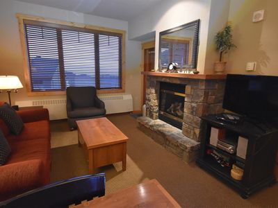 Photo for Condo with Fireplace, Rooftop Hut tub and Mountain Views