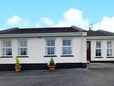 Photo for Semi-detached house, Drumkeeran  in Leitrim - 6 persons, 3 bedrooms