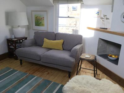 Lovely seperate sitting room seating six comfortably