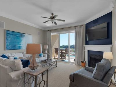 Photo for Secluded Getaway with Gulf Views, Grilling Areas, Pool, and Beach Service