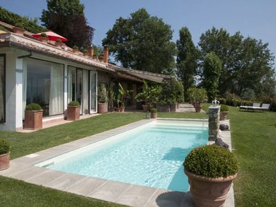 Photo for San Donato in Collina Villa, Sleeps 6 with Pool, Air Con and WiFi