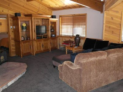 Photo for Sunflower Cabin in Gated White Mountain Summer Homes Country Club