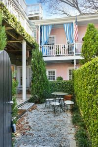 Live Like A Local In Historic Charleston SC