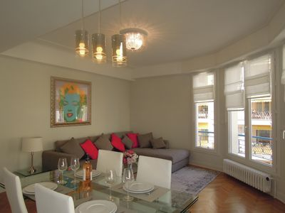 Photo for Magnificent luxuriously renovated apartment in the heart of the Golden Square