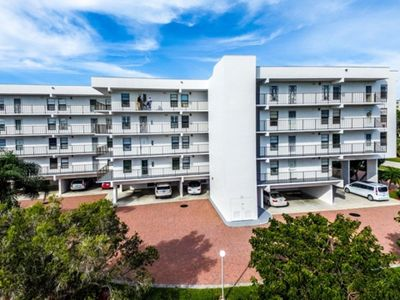 Photo for GDVW411 - Lovely 2 bedroom condo on south end, close to beach