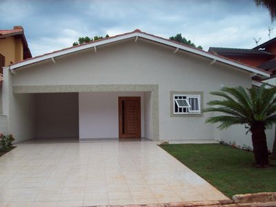 Photo for Ground floor house, 150 m from the beach, Modulo 4. Swimming pool, 4 suites with air. Up to 11 people.