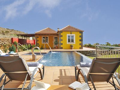 Photo for Holiday villa with private pool and sea view