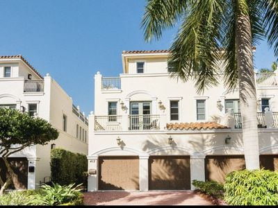 Photo for LUXURY WATERFRONT TOWNHOUSE