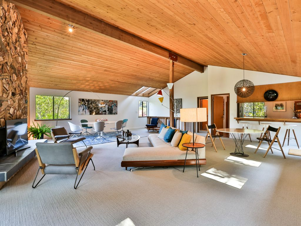Luxury Hollywood HIlls View Home--Mid-Century Vibe