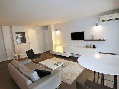 Photo for Modern apartment 2 bedrooms/1 bathroom, quiet terrace in a palm beach area