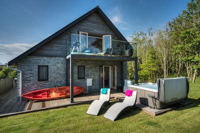 Outstanding Beautiful Holiday Home With Hot Tub Just A Walk Away From Talland Beach Looe Download Free Architecture Designs Remcamadebymaigaardcom